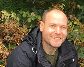 Staff Profile – Meet triathlete tomographer, Chris Egan